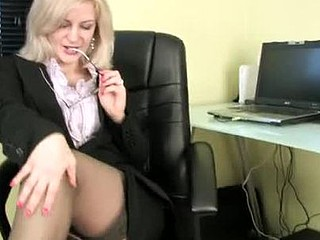 Lewd secretary masturbates with her vibrator on her break