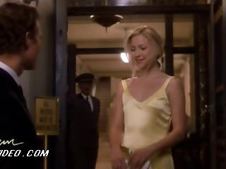 Kate Hudson Looking Astonishingly Nice-looking With That Yellow Dress On