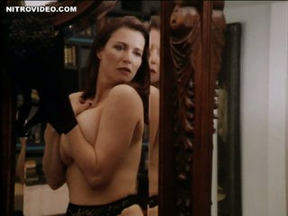 World's Hottest MILF Mimi Rogers Shows Her Beefy Natural Knockers