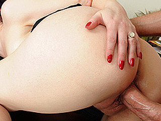 Mommy's Boss is a Sexy Doxy