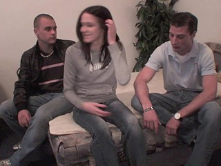 Girlfriend spreads her legs ergo that her boyfriend fundamentally offer a original chamber