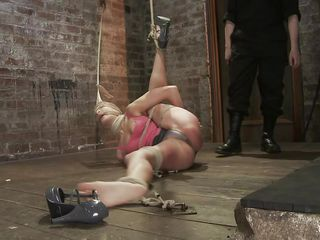 Amber never felt so humiliated in her life! That babe is bound with one leg up, blindfolded and mouth gagged. That babe get's what she deserves, an humiliating treatment that involves a lot of spanking. Look how her shoe is removed and her foot is spanked and then her thigh too. Does she enjoys the pain, should she acquire some more?