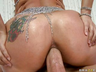 horny and slutty dark brown enjoys it in the ass