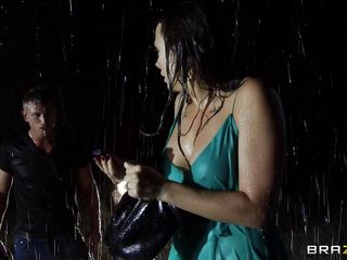 Going outside on the streets in the middle of the night is very dangerous for women, most especially if this babe is a very hot milf like Chanel. Those large breasts, juicy lips and long sexy legs are asking for loads of cum and when it starts raining this babe gets undressed by this guy right there in the rain, will this babe end up screwed hard and abandoned in the rain?