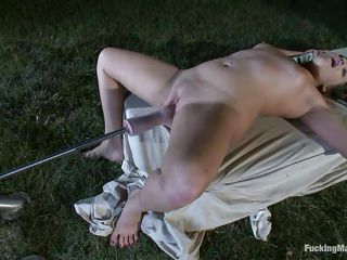 young wench ashlynn cums from a fucking machine