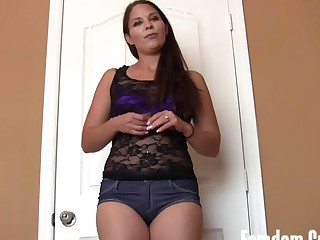 Princess anna makes u her pay pig feature