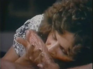 Linda Lovelace Deepthroats Harry Reems' Large Cock