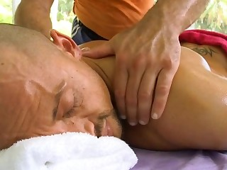 Sexy massage session for attractive gay stud
