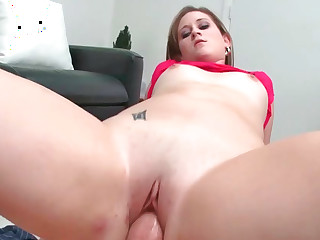 Roxi acting will not hear of mouth during oral coupled with acquiring fucked