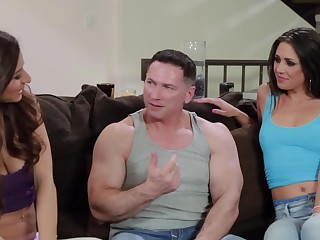Two girls that love fucking are doing a threesome around a chap