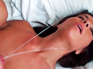 Averi Brooks getting harshly banged with the addition of receiving really messy facial