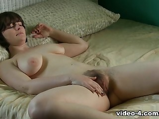 Exotic pornstar in Amazing Masturbation, Solo Ungentlemanly xxx clip
