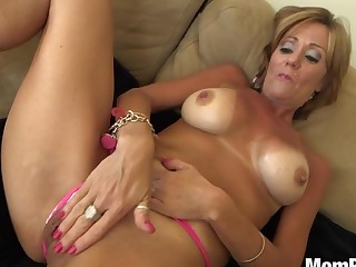 44 year elderly Cougar takes facial