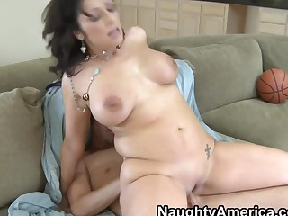 Vannah Sterling & Jenner in My New Zealand Hot Mom