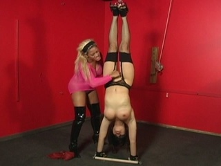 Thraldom babe tortured by a naughty slut !