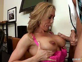 Large racked lady boss Brandi Love in heat