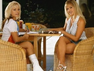 Blondes Vera and Nicky are most admirable allies and bitter rivals. Nicky is always pushing Vera to see who can get the newest handbg, or hottest boyfriend. Vera has had sufficiently and decides to challenge Nicky to a contest they bth can win. The game is very easy, who can eat wet crack best? Each one is a winner!