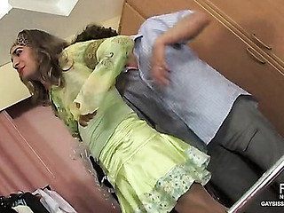 Gilbert&Vincent cocksuking crossdresser in skit