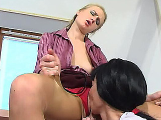 Female co-workers worshipping their pantyhosed wet violates right in the office