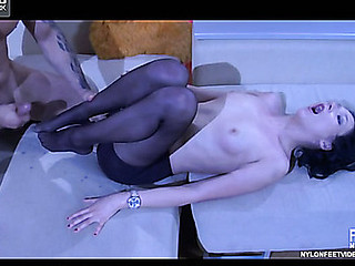 Maggie&Frederic red hawt nylon footsex