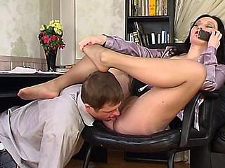 Gwendolen&Bertram nasty nylon feet episode