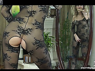 Angel in glasses stuffs her snatch thru her lace pattern nylon bodystocking