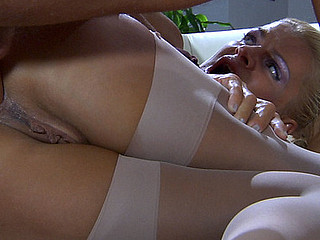 Hannah&Benjamin M anal age-old in simulate