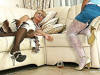 Call into disrepute highly priced wakes curvy elderly chick of sensual lesbo mating on the sofa