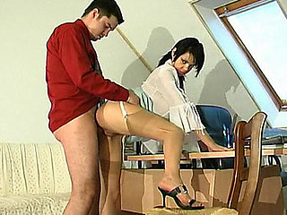 Hawt b in barely visible nylons tempting her boss to take a shlong break