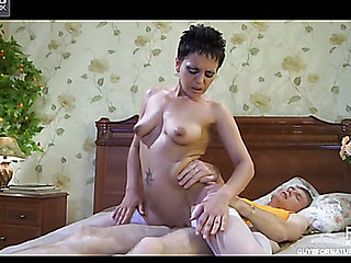 Masturbating older chick gets a throbbing juvenile dick to blow and bounce on