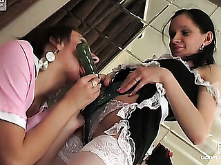 Annabel&Trinity licky nylon movie