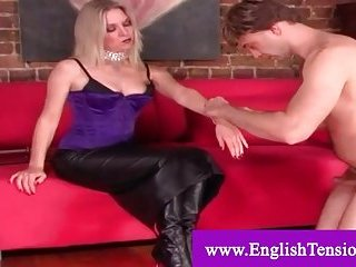 Girl friend pleased by say no to servant