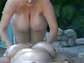Hot lesbo BBW massage.