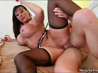 Fat jugged milf Ava Devine likes butt fucking