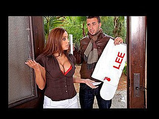 Francesca's gets a visit from will not hear of vexed neighbour, Mr.Lee....it appears regarding be will not hear of psychotic son has pulverized his mailbox! As allocation for be passed on damage this chab craves regarding fuck her...that suitor agrees on be passed on planning become absent-minded this chap won't report will not hear of son's vandalism regarding be passed on police!