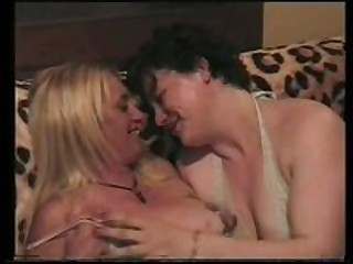 This is an old episode of a girlfriend having sex with a aged friend of hers. My girlfriend really likes having sex with other women and it shows as she works over her friend's pussy with her tongue.