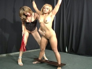 Horny bitch tantalized a restrain bondage bitch !