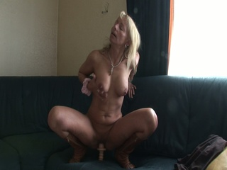 Blonde milf female parent likes the sex-toy together with the load of shit