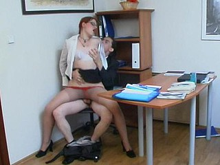 Seductive secretary in glossy hose craves her boss to be pleased for sure