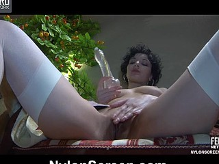Topless nympho in namby-pamby gartered nylons warms regarding her box be fitting of a raw fuck