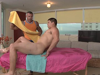After nice massage piping hot bodybuilder fucking his lovely training girl Friday