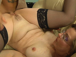 Wet blowjob foreplay bound to have wazoo-screwing finale for a freaky mature gal