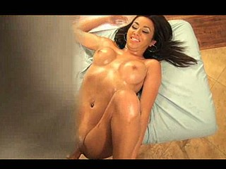 Concupiscent Stephanie's Oily Massage