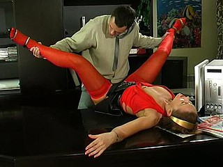 Bridget&Connor violent mature clip
