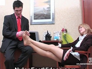 Isabella&Vitas stunning nylon feet movie