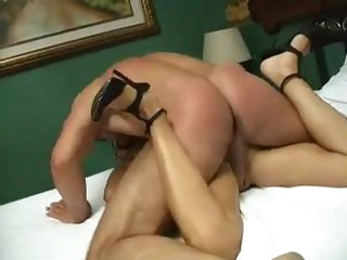 Enjoyable masked angel has hot amateur sex