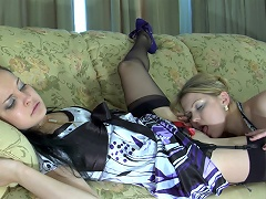 Blond lezzie waits for her girlfriend aching for wet kisses and a...
