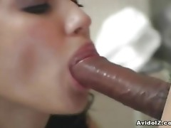 Maria Ozawa Does Serious Mouth Work